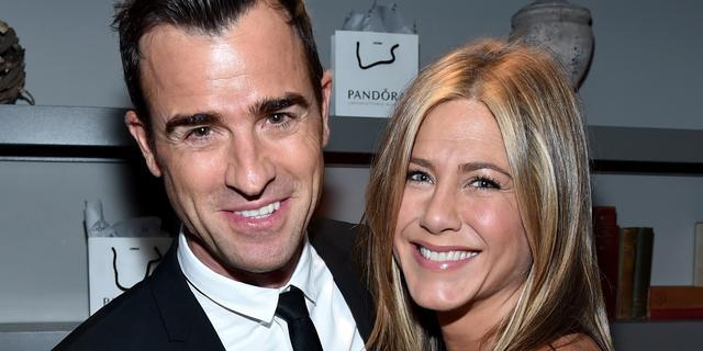 Jennifer Aniston en echtgenoot blijven thuis met Valentijnsdag