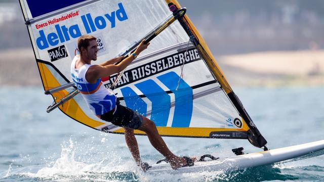 Van Rijsselberghe wint drie races op rij bij EK