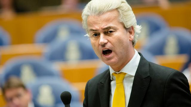 Wilders boos over bekladden auto's PVV'ers
