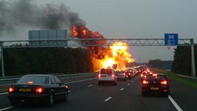 A35 vrijgegeven na brand in vrachtwagen