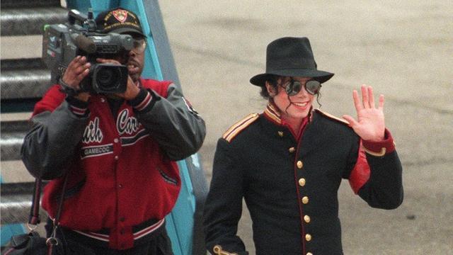 'Michael Jackson kreeg hormooninjecties om puberteit uit te stellen'