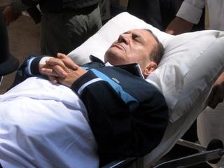 Mubarak reist gelijk door naar zijn huis in Heliopolis