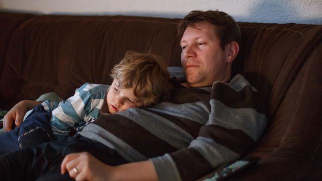 'Lang televisiekijken maakt jonge kinderen dikker'