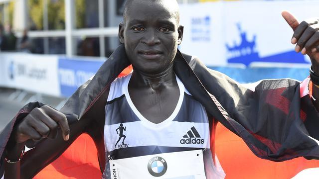 Keniaan Kimetto loopt wereldrecord bij marathon Berlijn