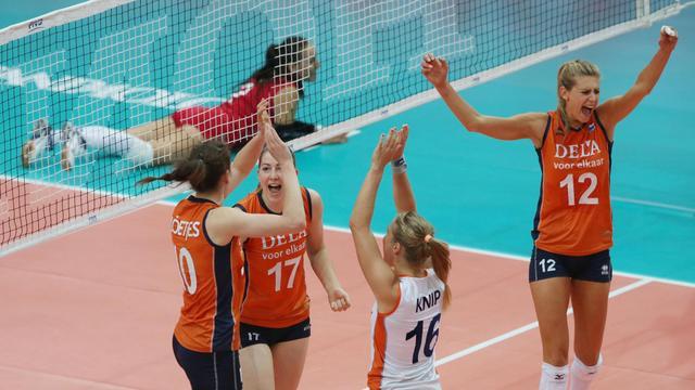 Volleybalsters verslaan Europees kampioen Rusland
