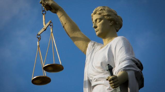 Vrouwe Justitia terug als logo van rechtspraak