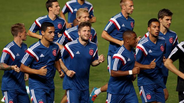 Ajax kan tegen APOEL zorgen voor unicum sinds eeuwwisseling