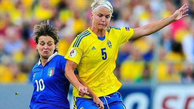 WK vrouwenvoetbal op kunstgras ondanks protesten
