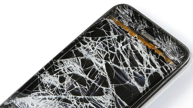 Een op de tien Nederlanders heeft een kapot smartphonescherm
