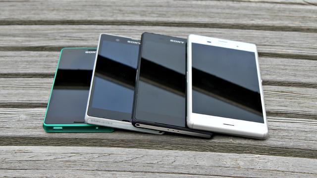 Xperia Z3 en Z3 Compact: Groot verliest van klein