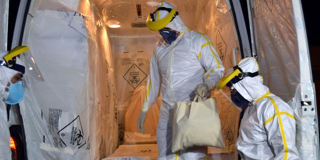 'Zeventig verplegers hielpen Amerikaanse ebolapatiënt'