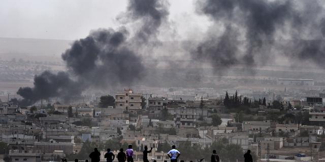 VS voert veertien luchtaanvallen uit op doelen IS