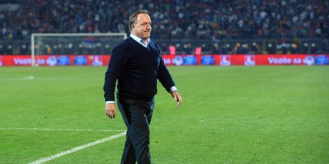 Advocaat voelt druk als bondscoach van Servië