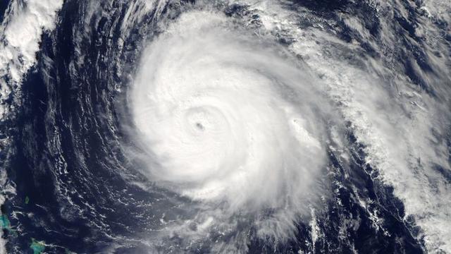 Oostkust Verenigde Staten maakt zich op voor orkaan Joaquin