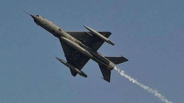 'IS oefent met in Syrië buitgemaakte straaljagers'