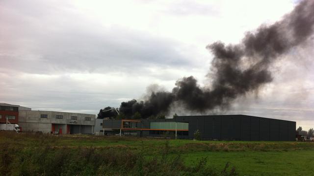 Grote brand in loods Harderwijk | NU - Het laatste nieuws ...
