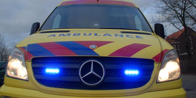 Vrouw zwaargewond na val van tien meter uit raam in Utrecht