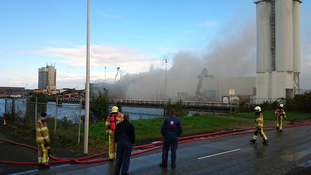 Luchtalarm in Kampen voor schadelijke rook afvalbrand