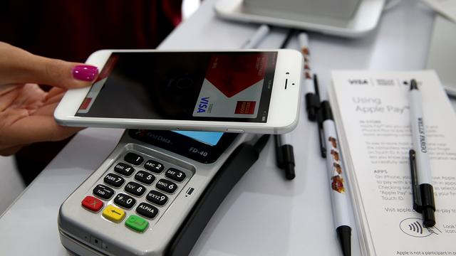 Betaaldiensten Samsung en Apple begin 2016 naar China