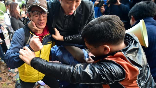 Bewoners grensstreek Zuid-Korea slaags met activisten