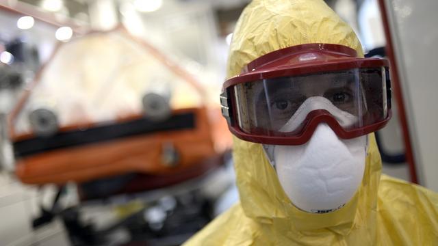 Verplichte quarantaine ebola-arts maakt werk volgens AzG zwaarder