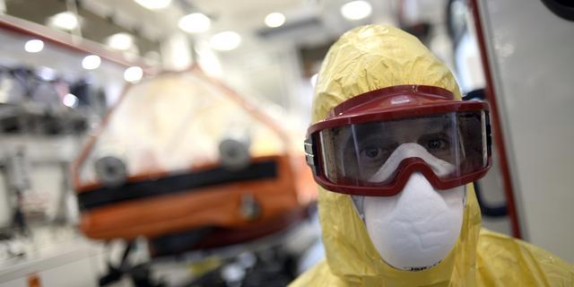 'Tienduizenden hulpverleners nodig voor strijd tegen ebola'
