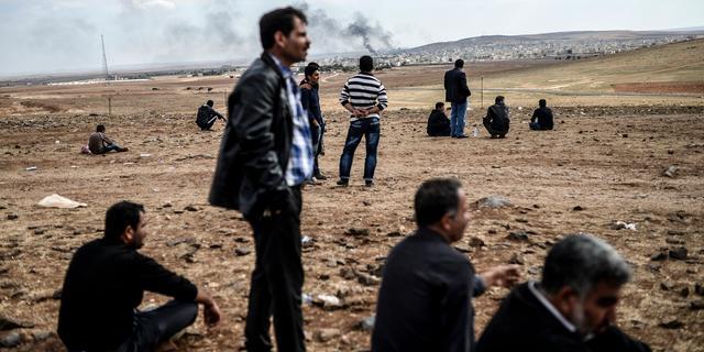 Luchtaanvallen op IS-doelen bij Kobani