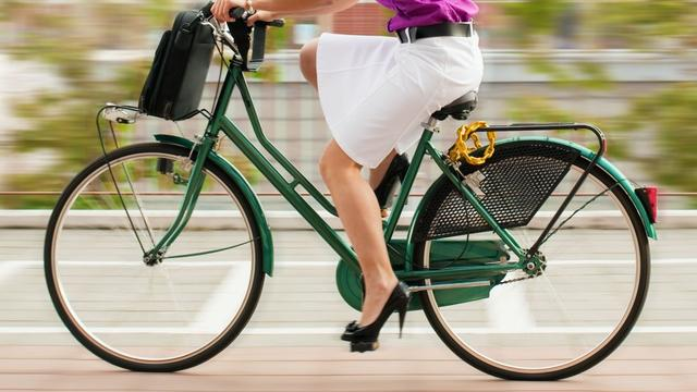 Werkloze vrouw uit Italië fietst wereld rond in recordtijd