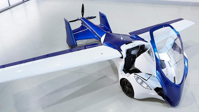 Eerste vliegende auto voor consumenten neergestort tijdens test