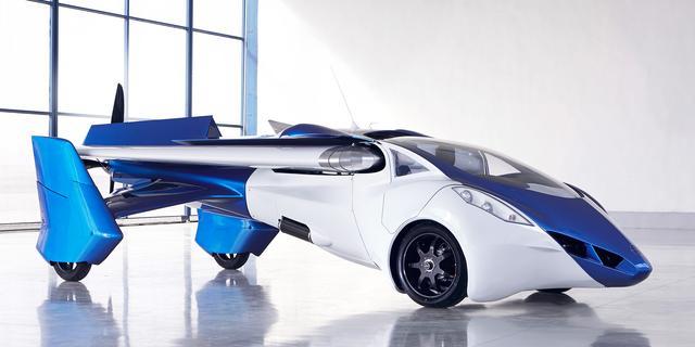 Eerste vliegende auto ter wereld onthuld