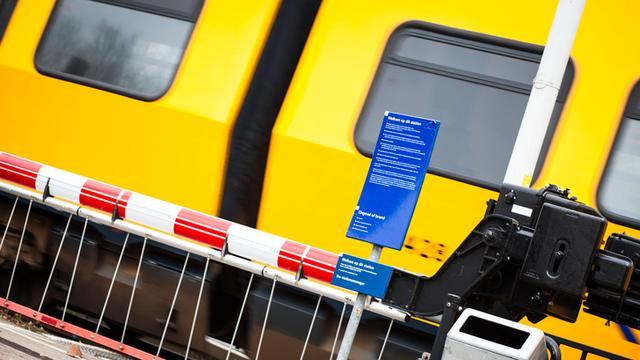 Geen treinen tussen Heino en Raalte wegens seinstoring