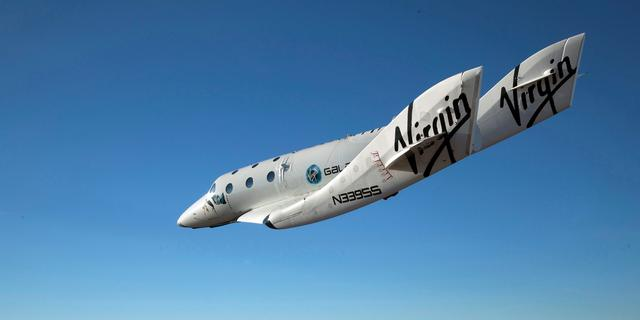 Ruimtevliegtuig van Virgin Galactic bereikt grensgebied ruimte