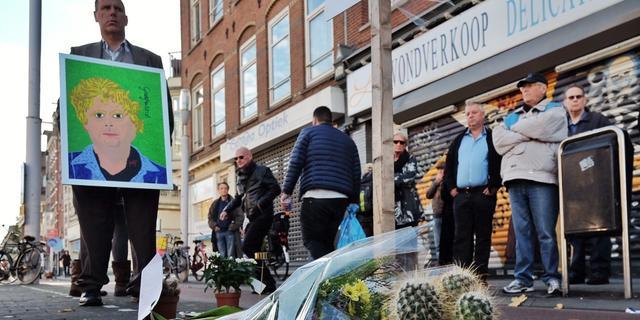 Theo van Gogh herdacht in Linnaeusstraat in Amsterdam
