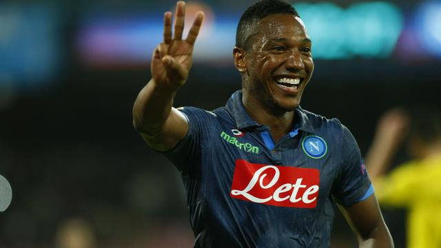 De Guzman scoort drie keer voor winnend Napoli in Europa League