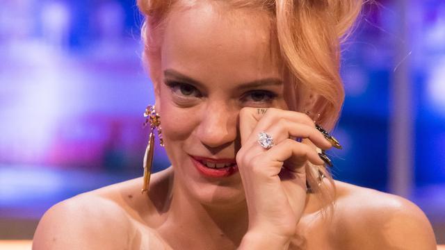 Lily Allen in tranen na uitgaansavond met ex-vriend