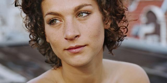 Eva van de Wijdeven stopt met acteren: 'Wil een andere weg inslaan'