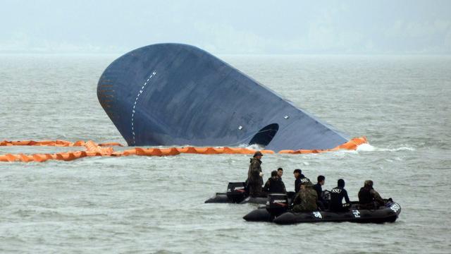 Zuid-Korea wil veerboot Sewol zo snel mogelijk bergen