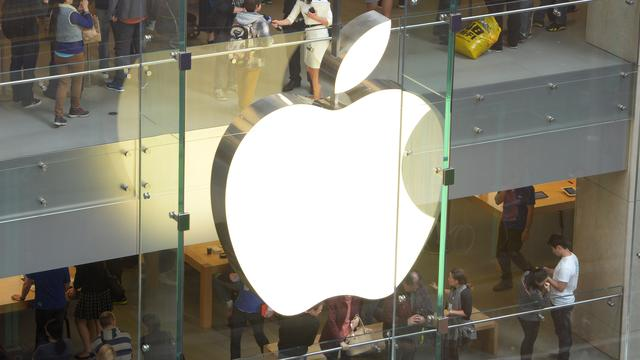 Aandeel Apple levert stevig in