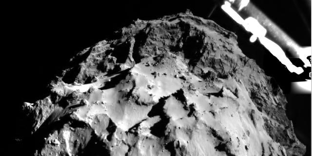 Verkenner van ESA succesvol geland op komeet