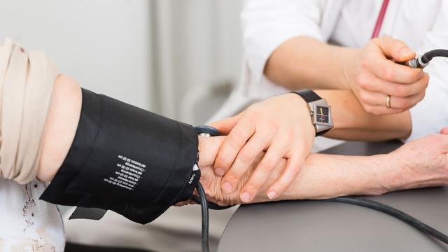 'Niet hoge, maar lage bloeddruk risicofactor bij operatie'