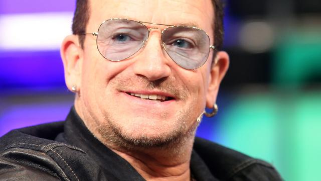 Bono eerste man in Glamours 'Women of the Year'