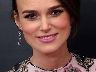 Actrice beviel al in mei maar hield geslacht en naam geheim