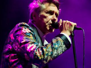 Vocaal laat de 69-jarige zanger het soms afweten