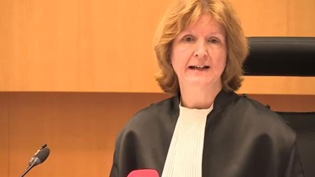 Vader doodgereden meisje niet vervolgd voor gooien stoel naar rechter