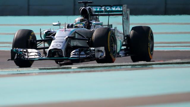 Hamilton troeft Rosberg af bij vrije trainingen Abu Dhabi