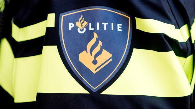 Duizenden liters vermoedelijk drugsafval in vrachtwagen Bergen op Zoom
