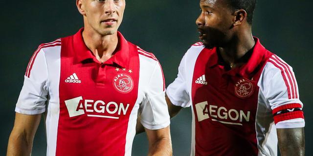 Ajax met Van der Hoorn en Denswil tegen Paris Saint-Germain