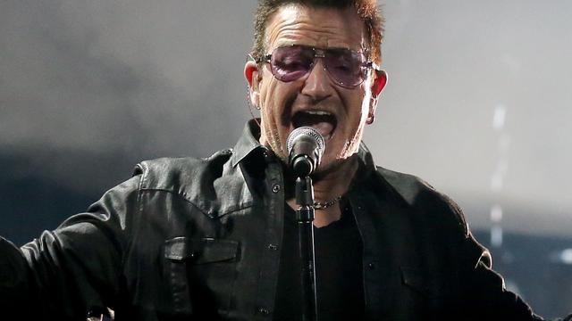 Bono draagt concert U2 op aan Ierse migranten