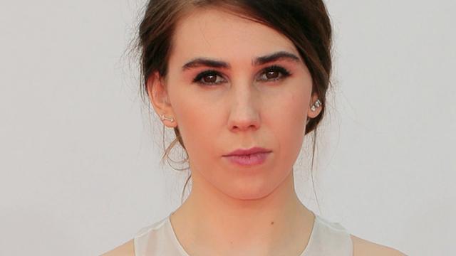 Girls-actrice Zosia Mamet ontwerpt collectie zonnebrillen