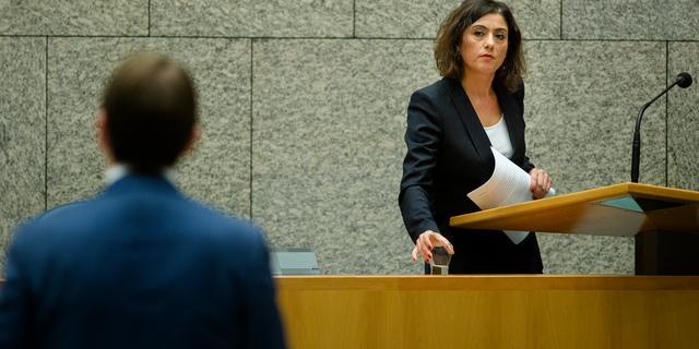 'Asscher is gezwicht voor druk uit Turkije'